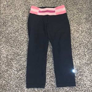 Lululemon Wunder Under reversible crops